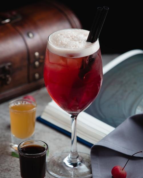 Tè freddo all'anguria con colpi Foto Gratuite