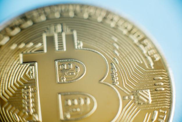 Tecnologia blockchain, concetto di mining bitcoin. Foto Premium