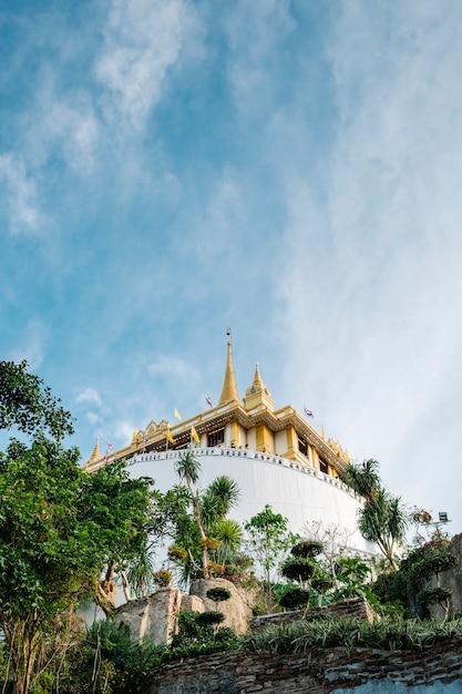 Tempio della montagna d'oro tailandese Foto Gratuite