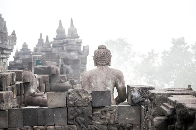 Tempio di borobudur, yogyakarta, isola di java, indonesia Foto Premium