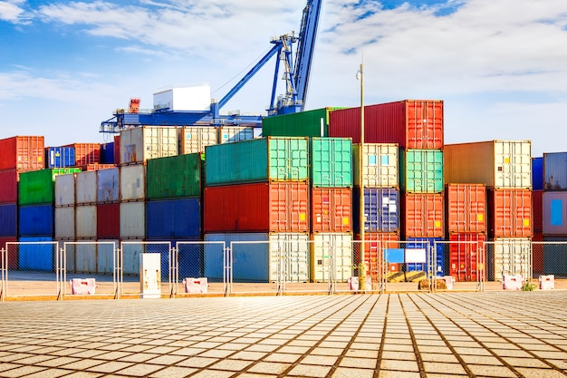 Terminal container? wharf, trasporto Foto Gratuite