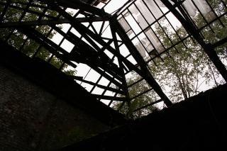 Tetto rotto in vetro tetto scaricare foto gratis for Tetto in vetro prezzi