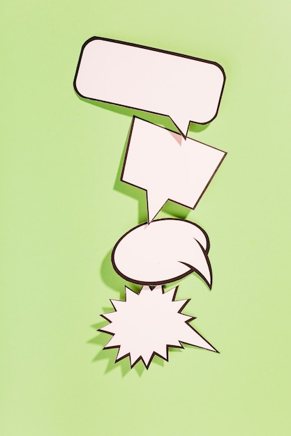 Tipo differente di retro fumetti bianchi su fondo verde Foto Gratuite