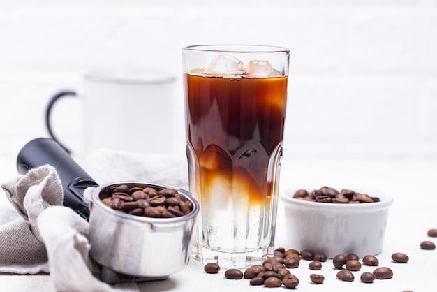 Tonico espresso, bevanda alla moda Foto Premium
