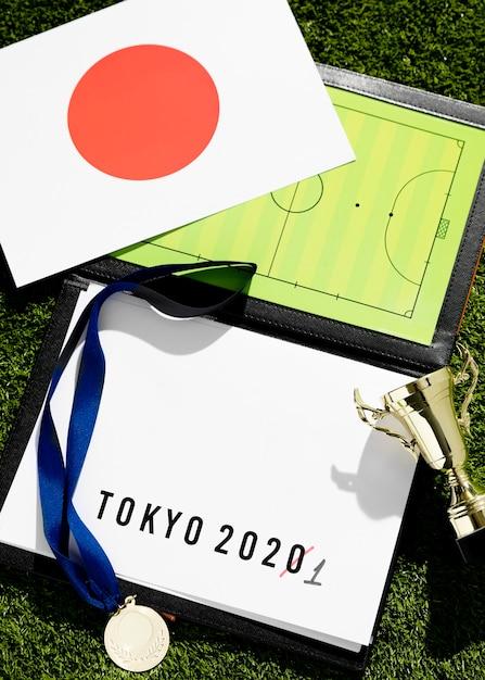Top view tokyo 2020: l'evento sportivo ha rinviato l'assortimento Foto Gratuite