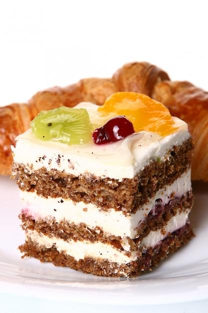 Torta di frutta dolce con marmellata Foto Gratuite