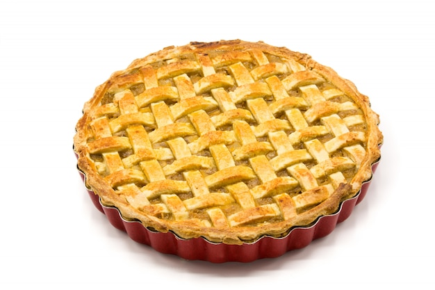 Torta di mele casalinga isolata su bianco Foto Premium