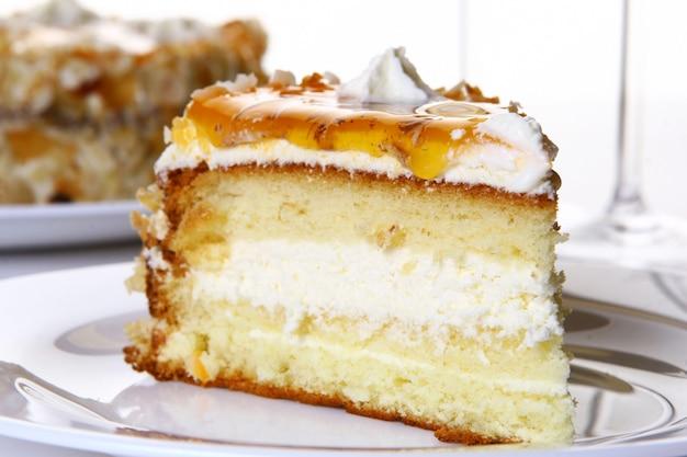 Torta dolce gustosa e dolce Foto Gratuite