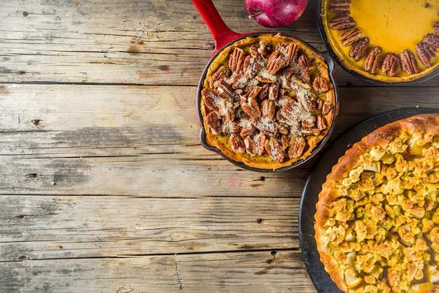 Torte autunnali tradizionali di stagione Foto Premium