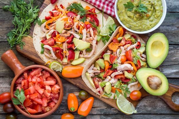 Tortillas con verdure Foto Premium