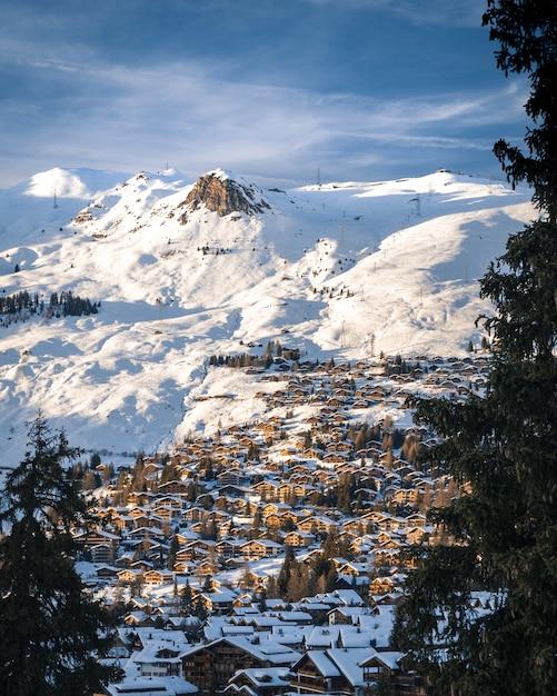 Tramonto sopra verbier svizzera Foto Gratuite