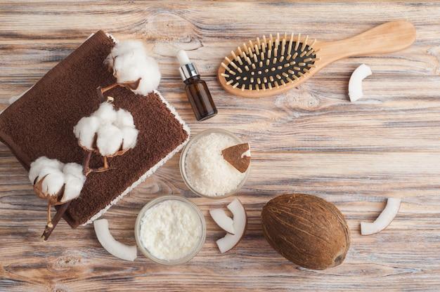 Trattamento naturale per capelli con cocco Foto Premium