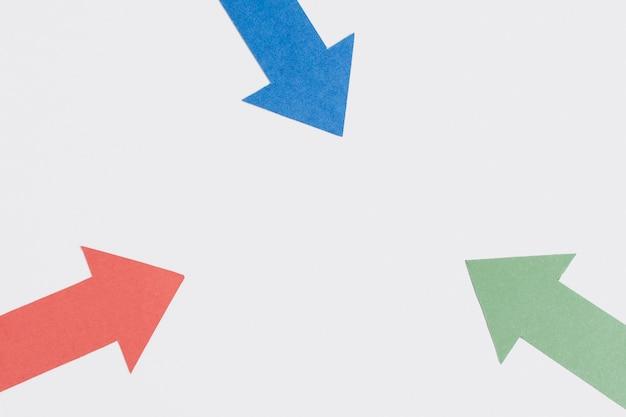 Tre frecce appuntite e copia spazio Foto Gratuite
