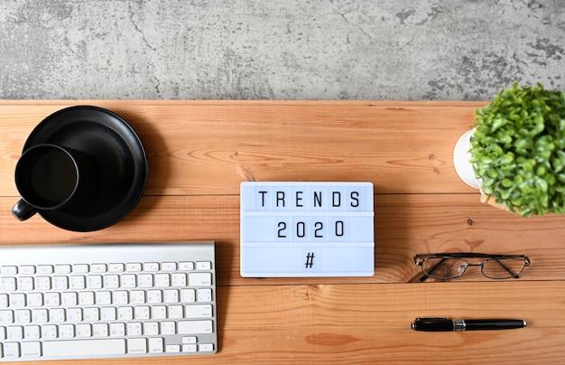 Trends 2020 business concept, vista dall'alto Foto Premium