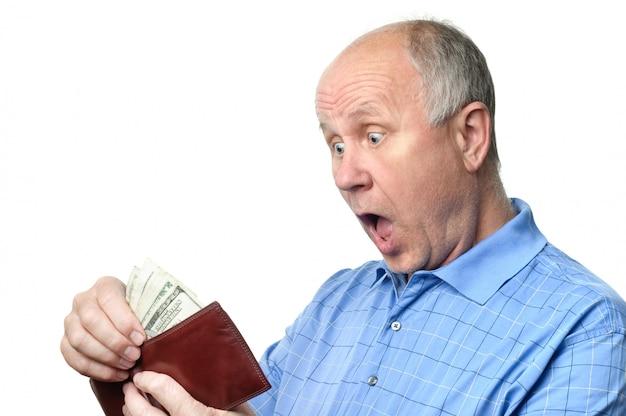 Uomo anziano con portafoglio Foto Premium