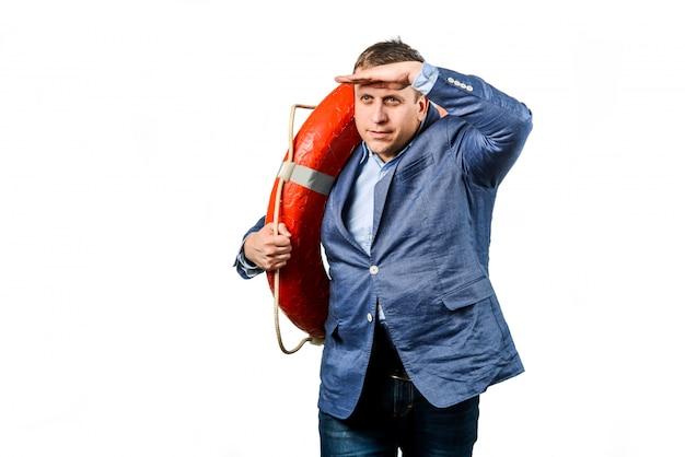 Uomo d'affari collega di salvataggio con salvagente Foto Premium