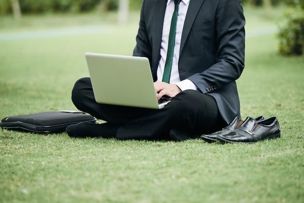 Uomo d'affari di lavoro Foto Gratuite
