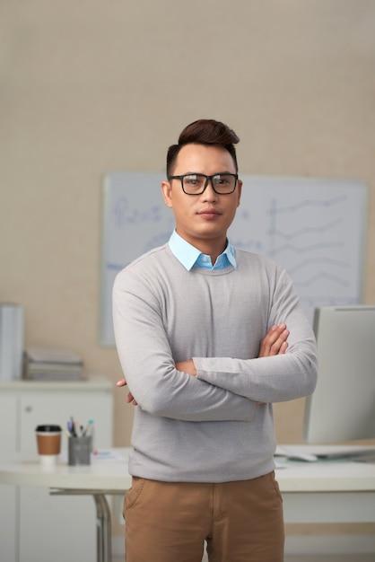 Uomo d'affari di successo Foto Gratuite