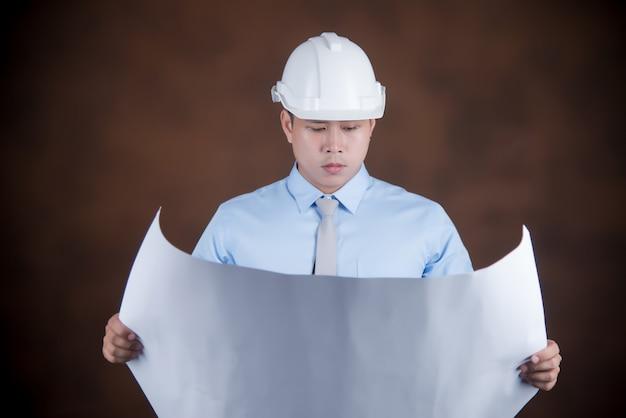 Uomo dell'ingegnere, concetto del muratore Foto Gratuite