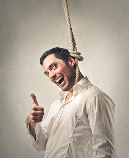 Uomo ironico che si suicida Foto Premium