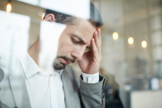Uomo stanco Foto Gratuite
