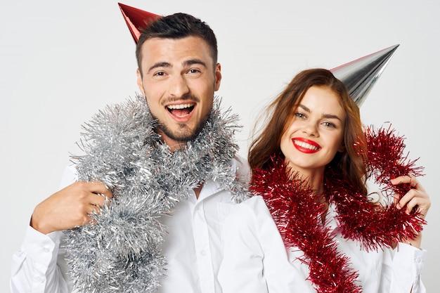 Vacanze uomo e donna, feste aziendali natale e capodanno 2021 2022 Foto Premium