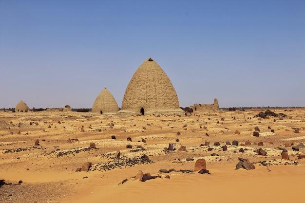 Vecchio dongola in sudan, africa Foto Premium