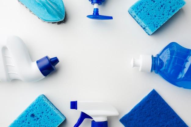 Veduta dall'alto dei prodotti per l'igiene Foto Gratuite