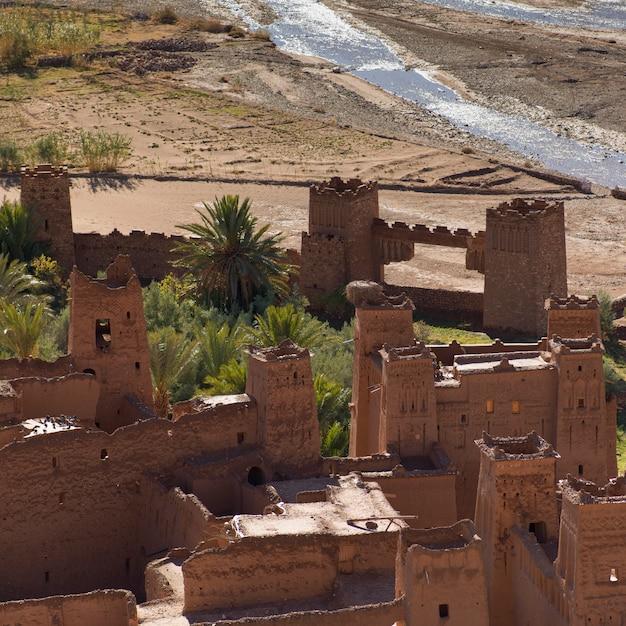 Veduta dall'alto di ait benhaddou, ouarzazate, marocco Foto Premium