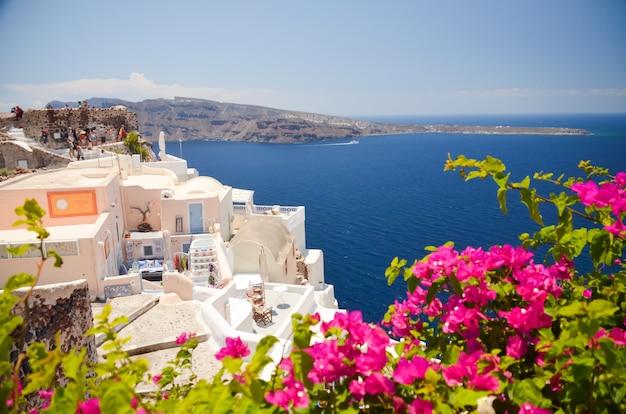 Viaggio da sogno nell'isola di santorini Foto Premium
