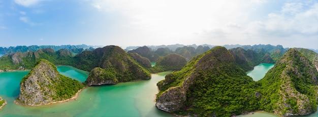 Vista aerea dell'isola di ba long cat ba nel vietnam Foto Premium