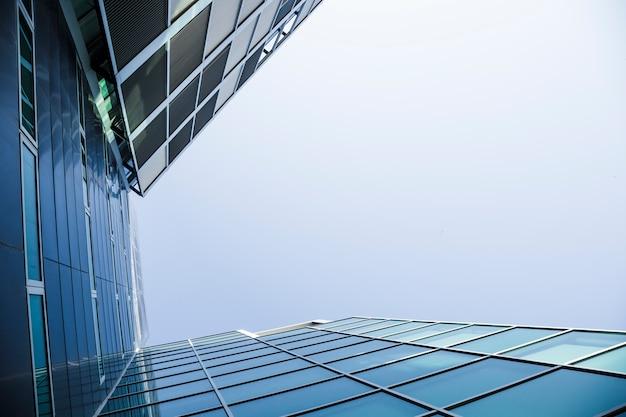 Vista dal basso cristallo Foto Gratuite