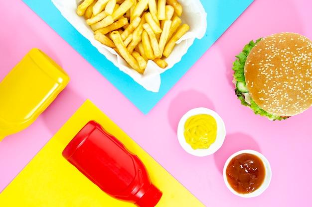 Vista dall'alto miscela di fast food Foto Gratuite