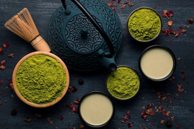 Vista dall'alto tradizionale tè asiatico Foto Gratuite