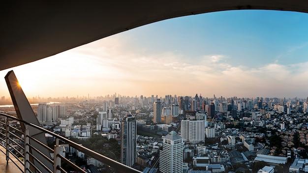 Vista della città di bangkok Foto Premium