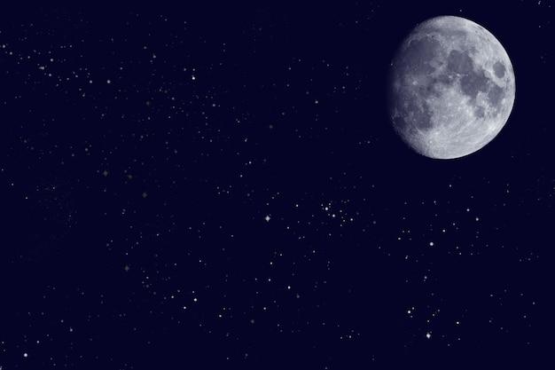 Vista della luna sul cielo notturno Foto Premium
