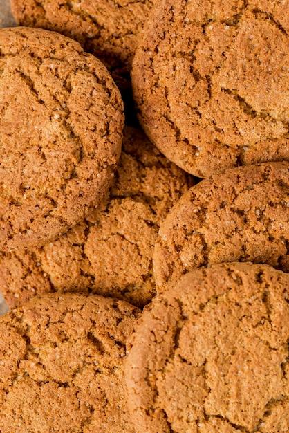 Vista superiore dei biscotti estremi del primo piano Foto Gratuite