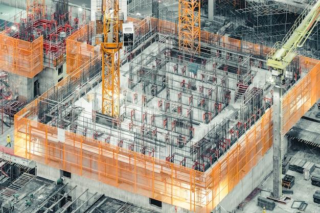 Vista superiore isometrica di un edificio in costruzione Foto Premium