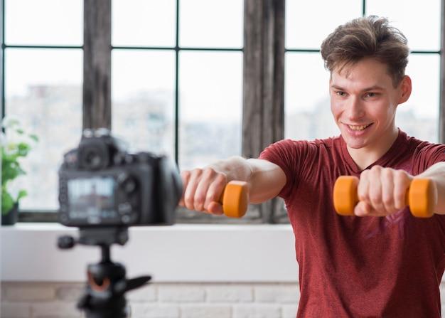 Vlogger sportivo Foto Gratuite