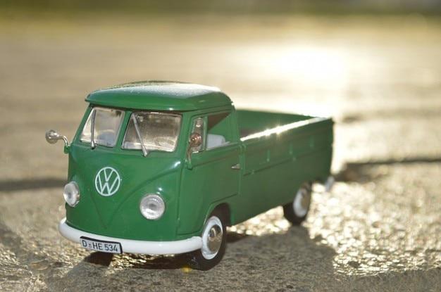 Volkswagen vw giocattoli giocattolo automobile for Furgone anni 70 volkswagen