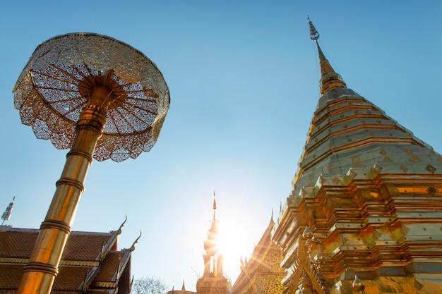 Wat phra that doi suthep a chiang mai, tailandia. Foto Premium