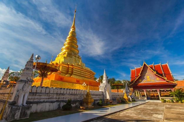 Wat pra that chae haeng, provincia di nan, tailandia Foto Premium