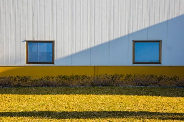 Windows sul muro Foto Gratuite