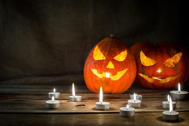 Zucca di halloween orizzontale Foto Premium