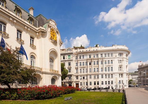 A casa da embaixada francesa em viena Foto Premium