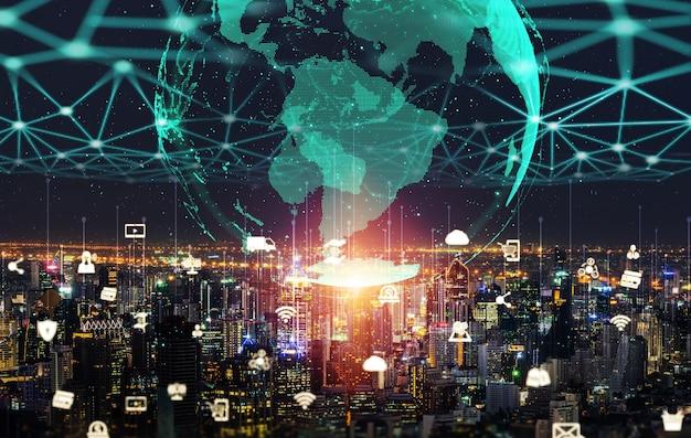 A comunicação criativa moderna e a rede de internet se conectam na cidade inteligente Foto Premium