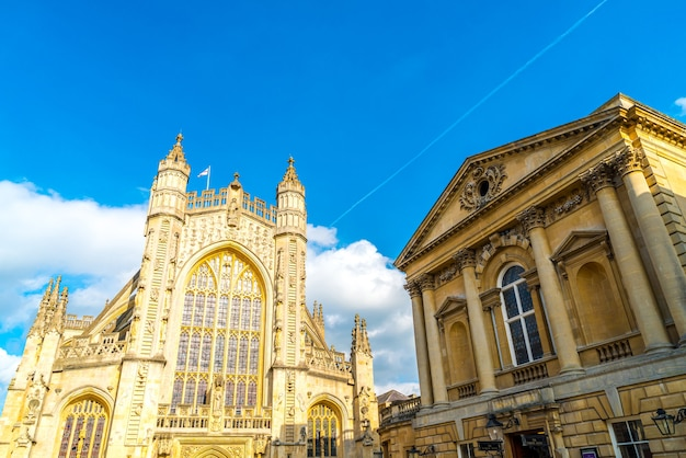 A igreja da abadia de são pedro e são paulo em bath Foto Premium