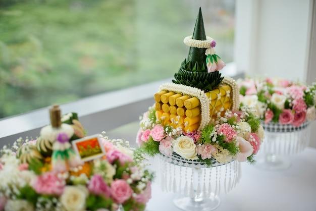 A procissão khan makk, cerimônia tradicional tailandesa, noivado Foto Premium