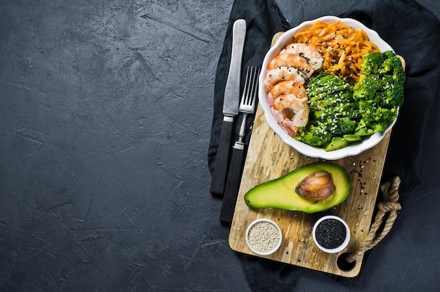 A taça de buda uma refeição equilibrada e saudável. Foto Premium