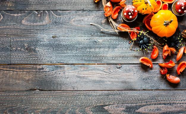 Abóboras de halloween, em fundo de madeira Foto Premium